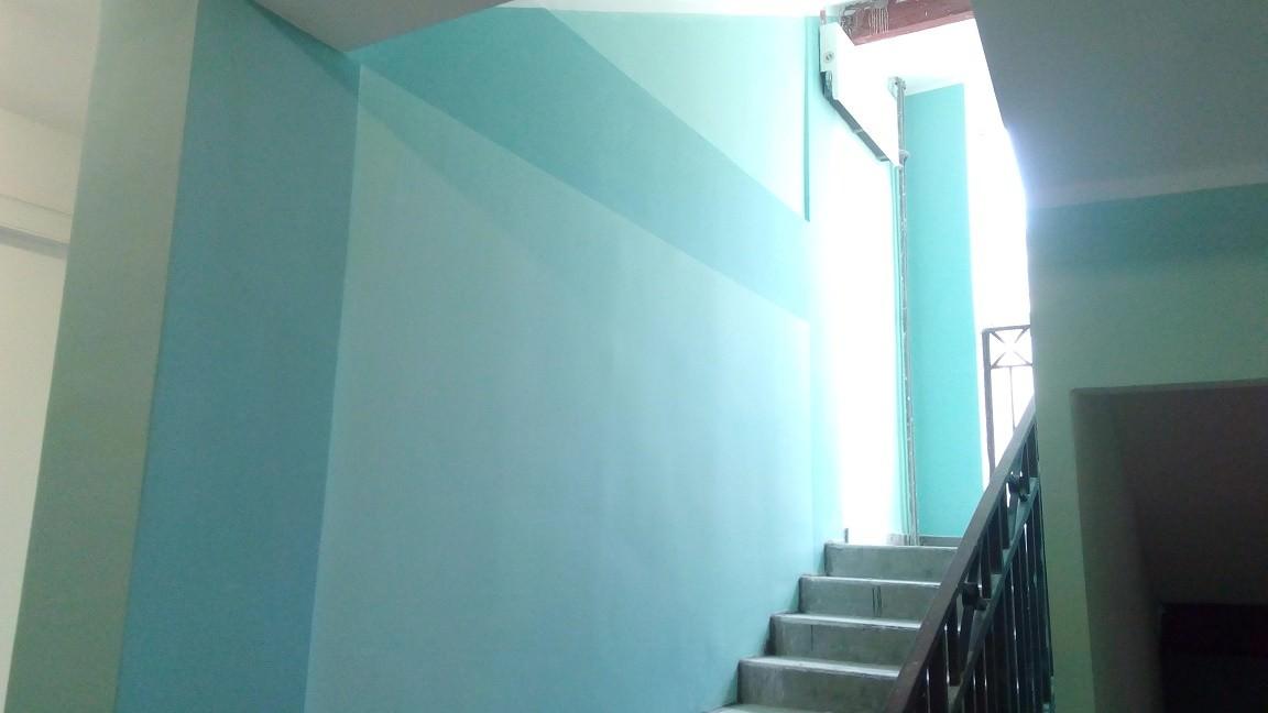 korpus 5 mop - Дом 5 - Начат окрас стен в МОПах и окололифтовых холлах 1 и 2 секции.