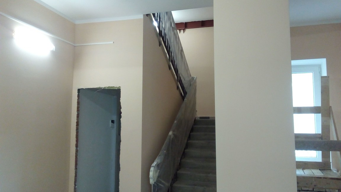 lestnichnyj marsh k 2 - Дом 2 - Произведен окрас стен МОПов и лестничных пролетов