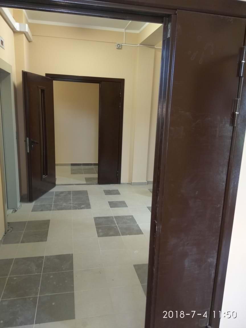 korpus 2 lift holl - 4 июля 2018 / Дом 2 - Производится монтаж и пуско-наладочные работы лифта