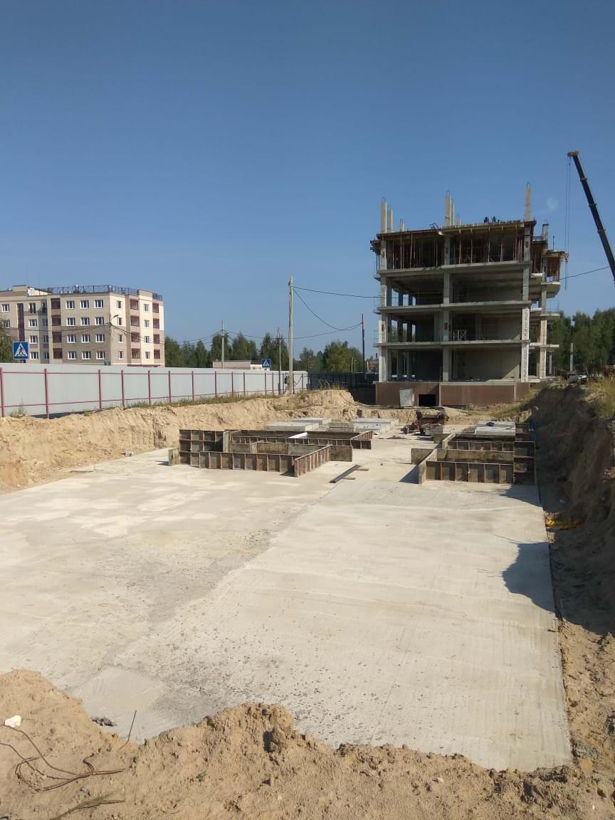 korpus 7 - Дом 7 - Залито бетонное основание фундамента