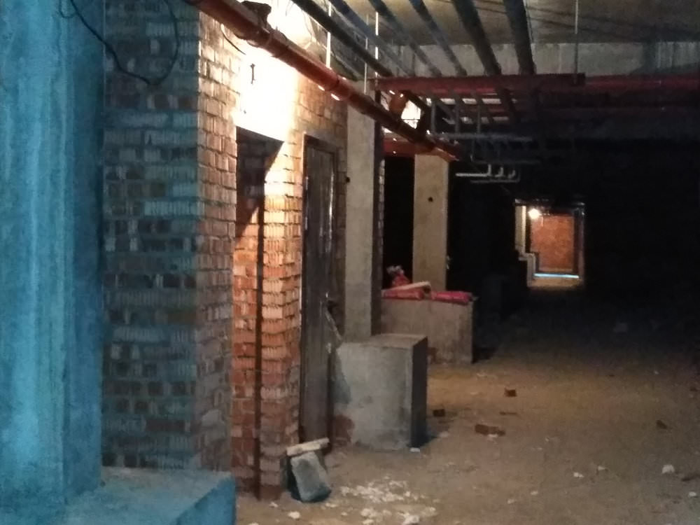 korpus 10 kladovye - 22 сентября 2018 / Дом 10 - В цокольном этаже выкладываются кладовые помещения