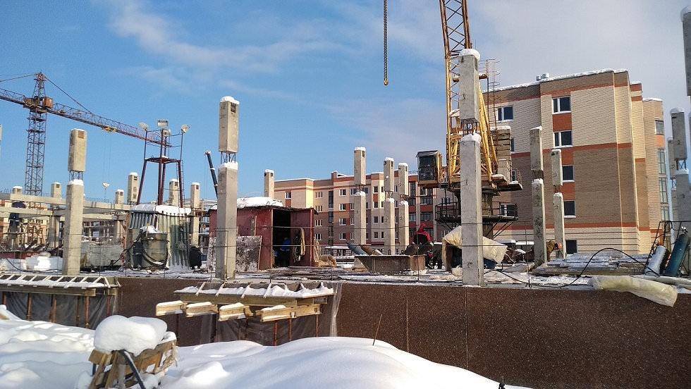 korpus 11 - 16 января 2019 / Дом 11 - Установлены фасадные плиты цокольного этажа
