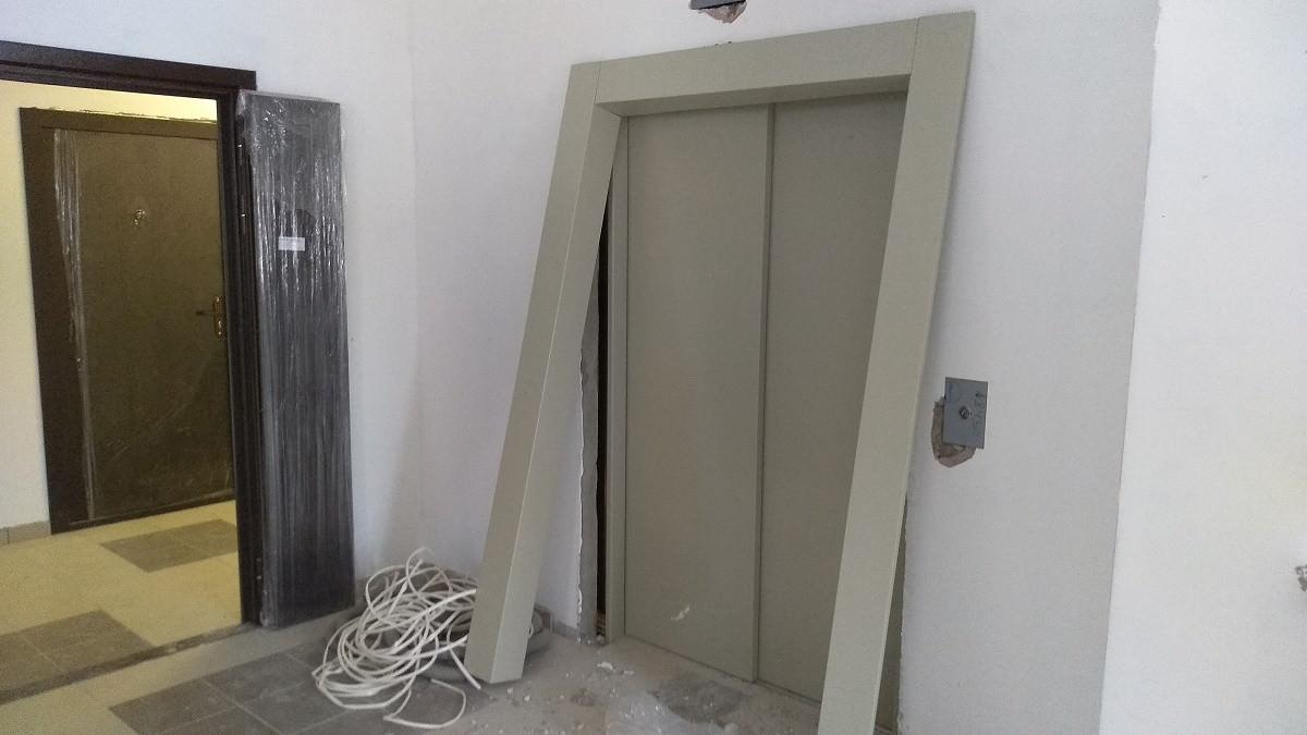 korpus 10 s 1 montazh liftovyh portalov - Дом 10 - Устанавливаются лифтовые порталы