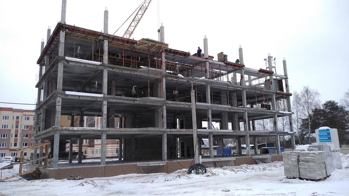 korpus 11 1 - Дом 11 - Производится укладка плит-перекрытий 4-го этажа