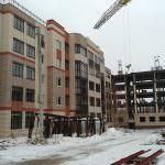 korpus 8. 150x150 - Дом 9 - Установлены несущие колонны 4-го и 5-го этажей